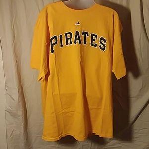 Majestic Brand Pittsburgh Pirates t-shirt Size XL